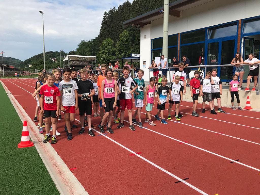 Start des zweiten Crossdusthlon Laufs